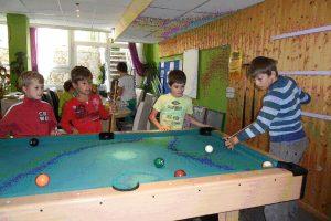 http://schule.neuseddin.de/wp-content/uploads/2016/10/Schülerclub-2-300x200.jpg